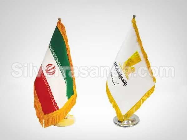 تصویر دوم چاپ پرچم رومیزی